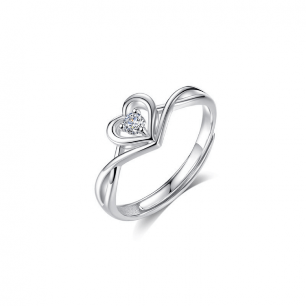 Heart-shaped sterling silver love ring diamond faceted ring